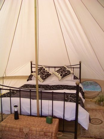 Glamping_CanvasMoon1