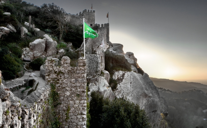 2_castelo_dos_mouros_lowres_creditos_psml_emigus