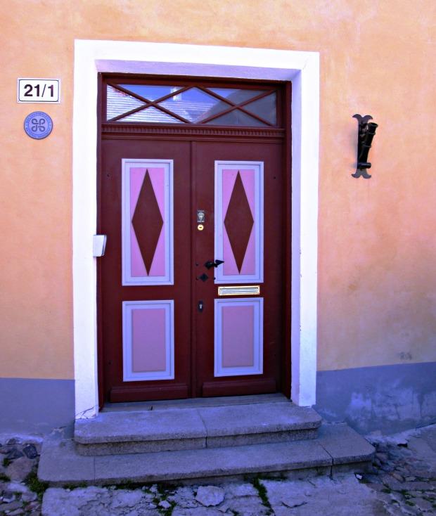 tallin-doors6