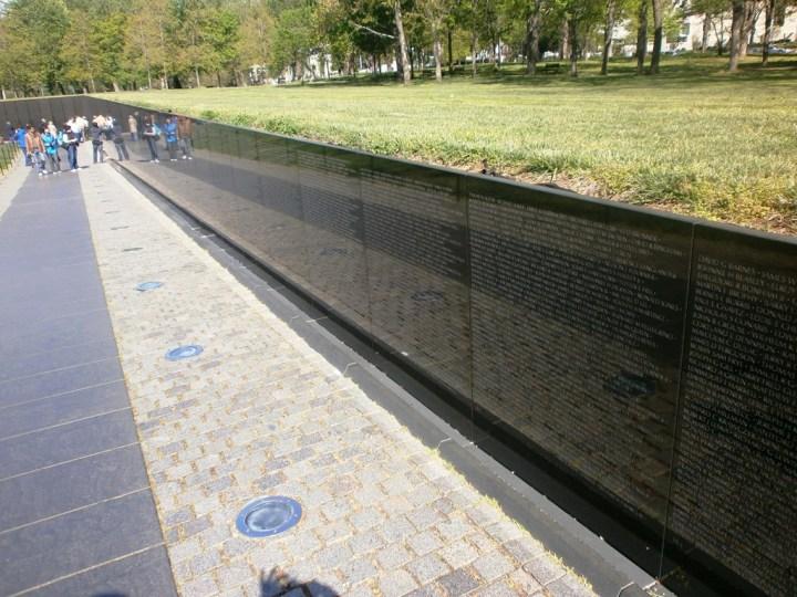 Washington Vietnam_memorial.jpg