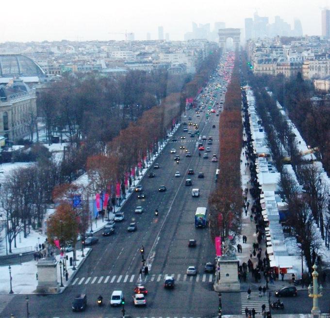Champs-Elysées Paris.jpg