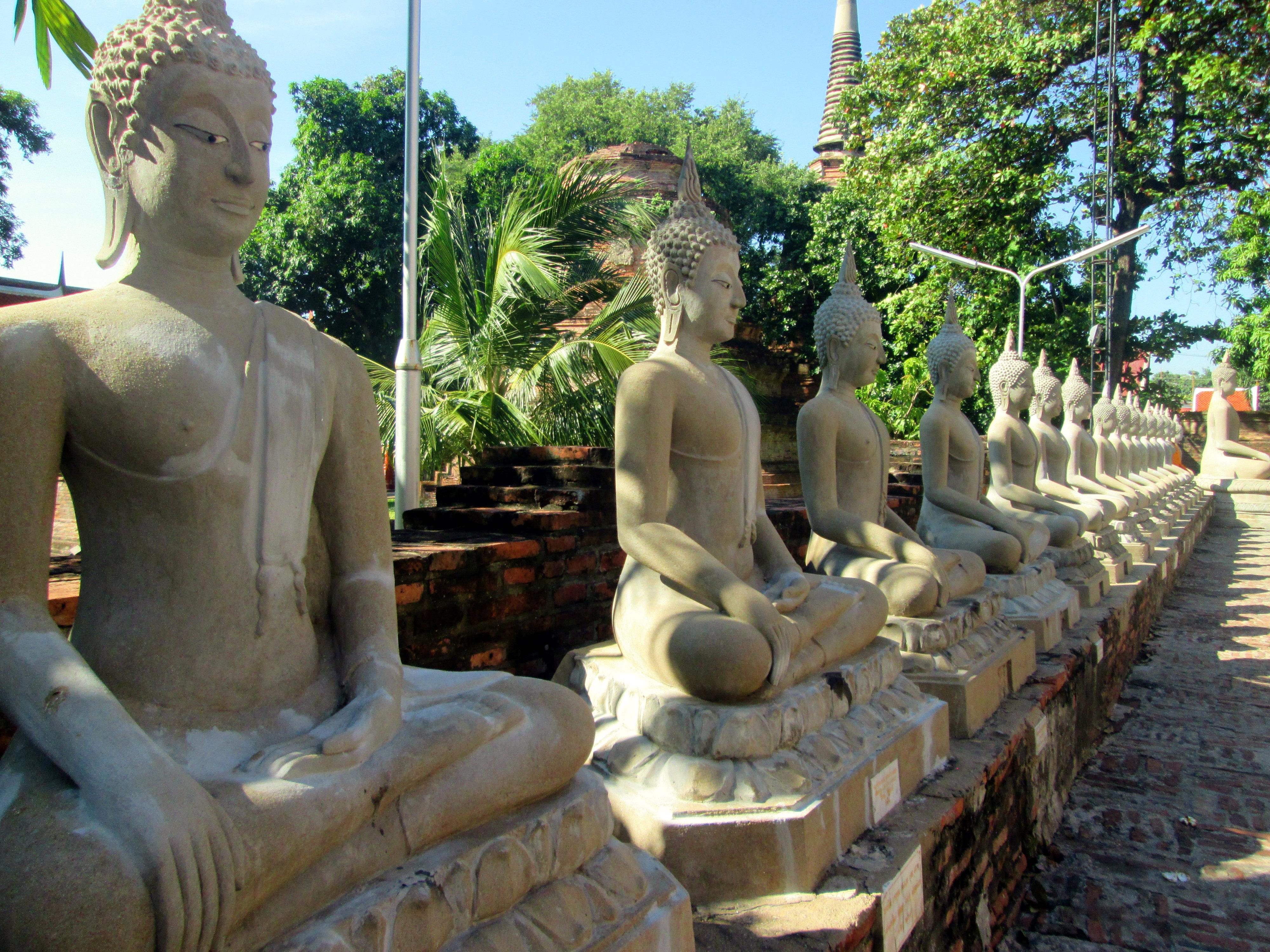 wat-yai-chai-mongkhon2