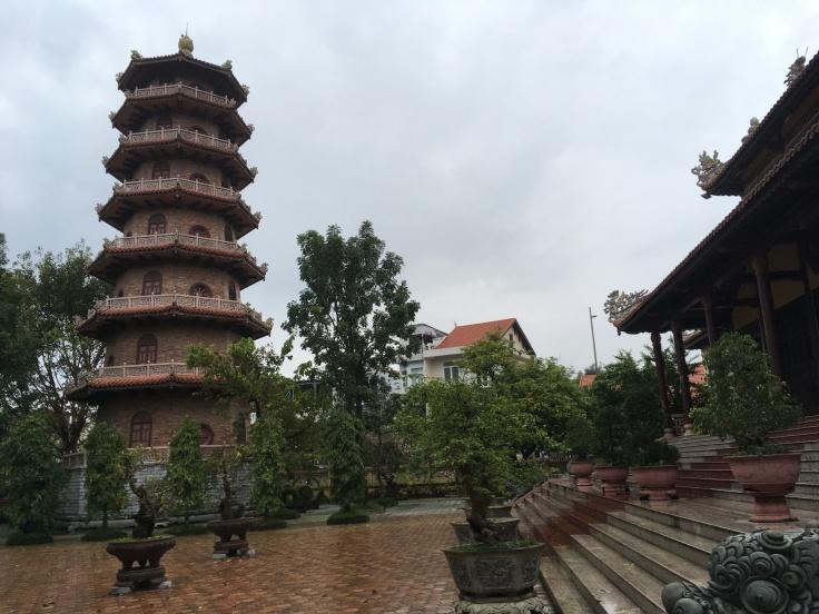 Hue - Tu Dam Pagoda