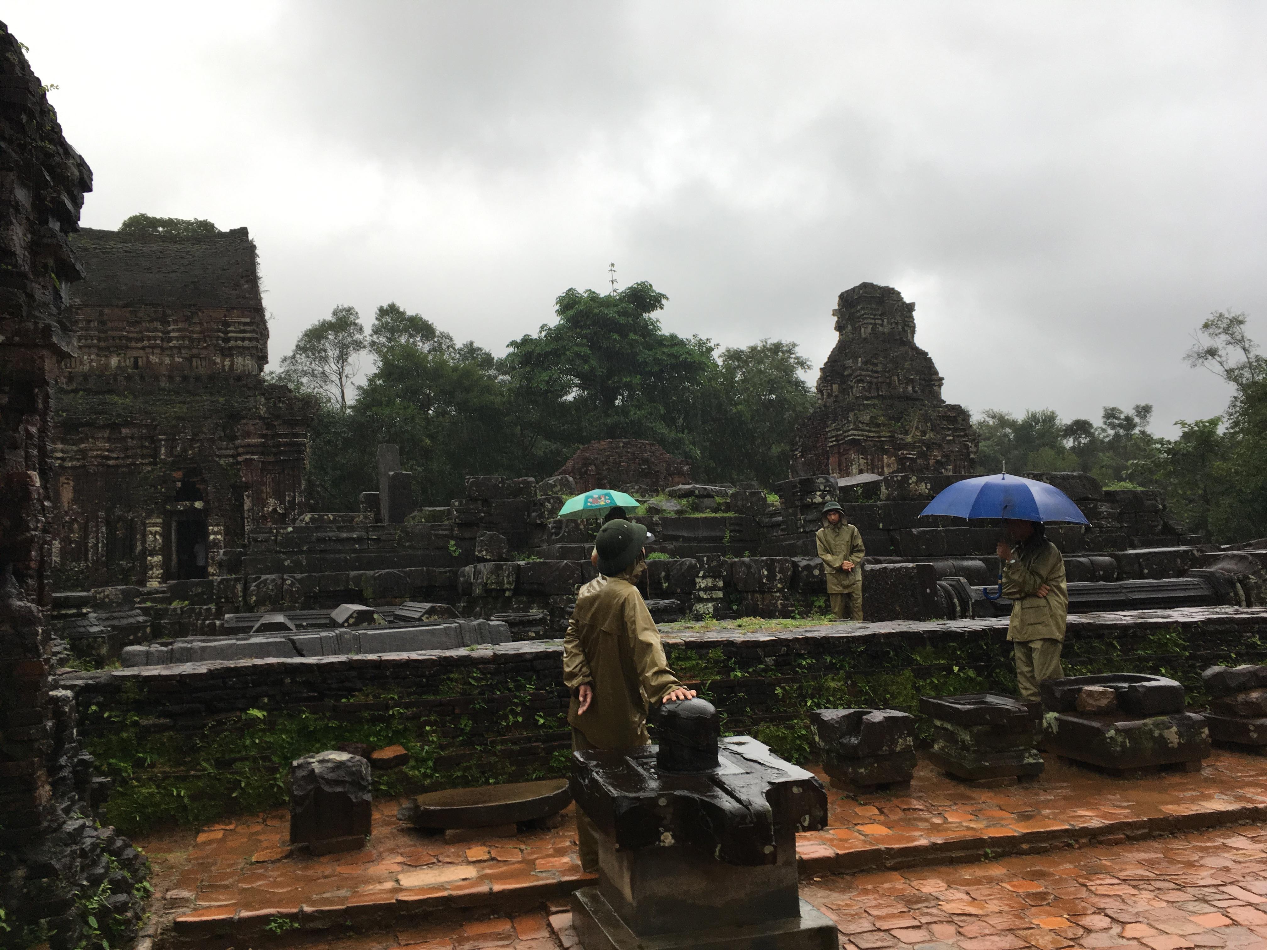 Riain Vietname.jpg
